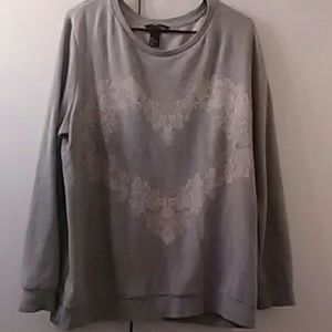 🆕 H&M lace heart grey sweatshirt size L preowned
